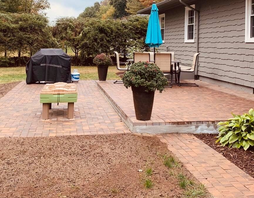 Meriden, CT | Patio Paver Installers | Stone Brick Patios or Walkways Near Me